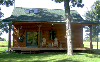 Cabin for rent near Lake Poygan in Fremont, WI.